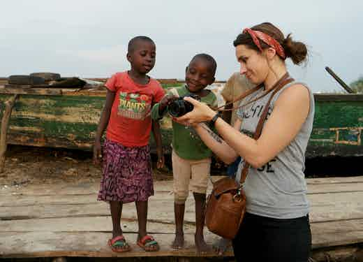 Kate-and-kids-in-Uganda-low-res