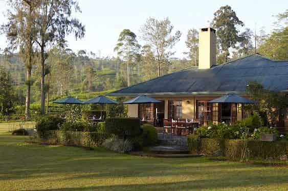 Best-Villas-Sri-Lanka-Tea-Trails-Shuttleworth-master-suite-private-garden-2-Summerville-min
