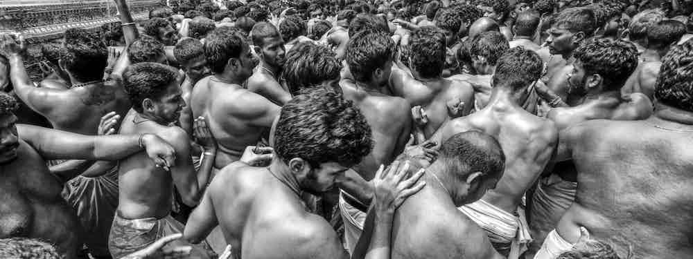 Photographing Sri Lanka's Biggest Festival