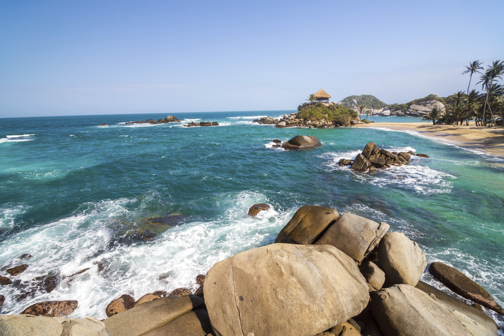 Destinations_Colombia_Tayrona_iStock_000048373752_Large (1)