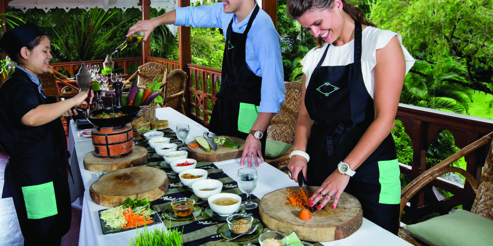 cooking-up-a-storm-with-chefs-in-myanmar