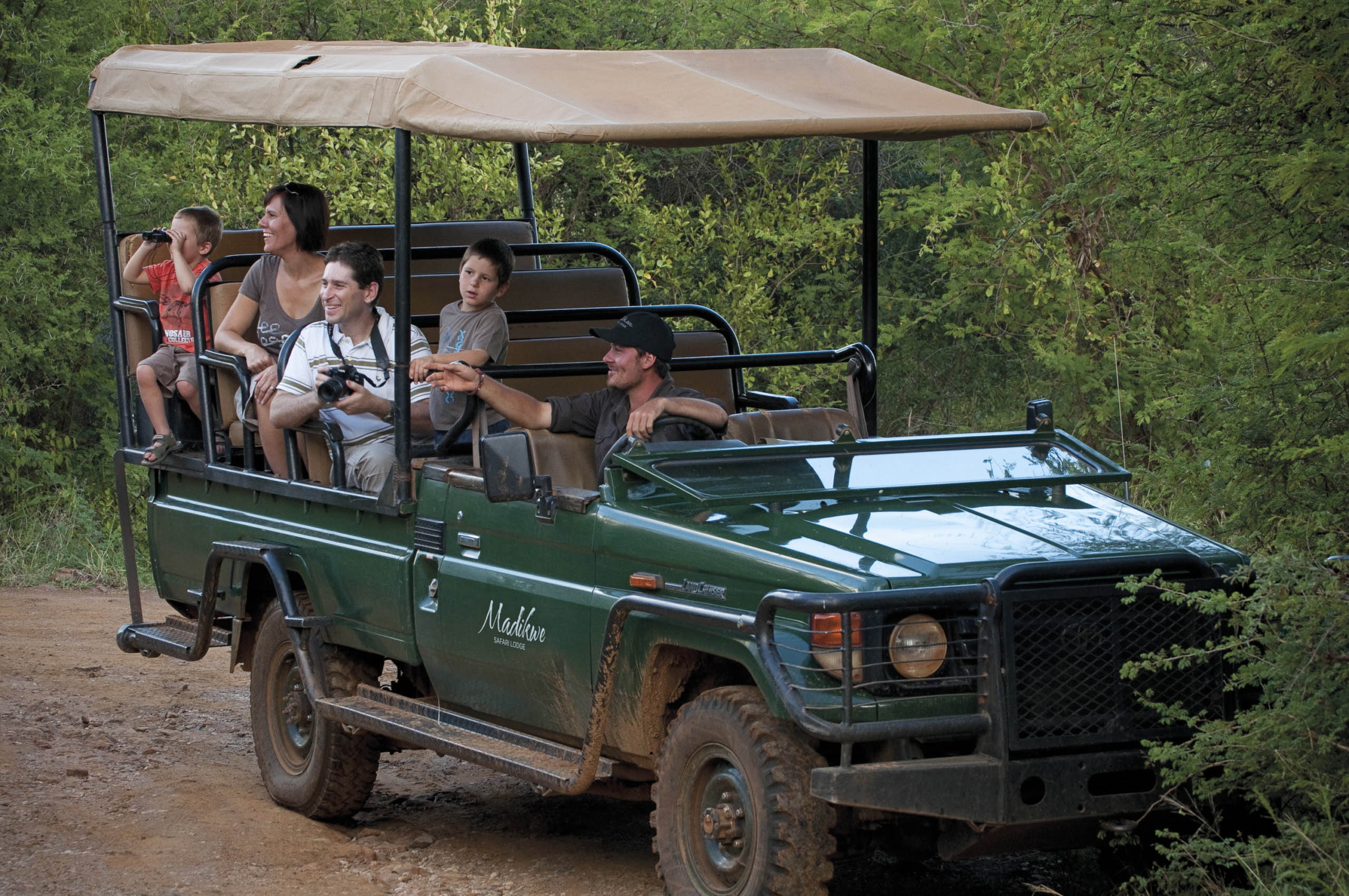 best-safari-lodges-kids-africa