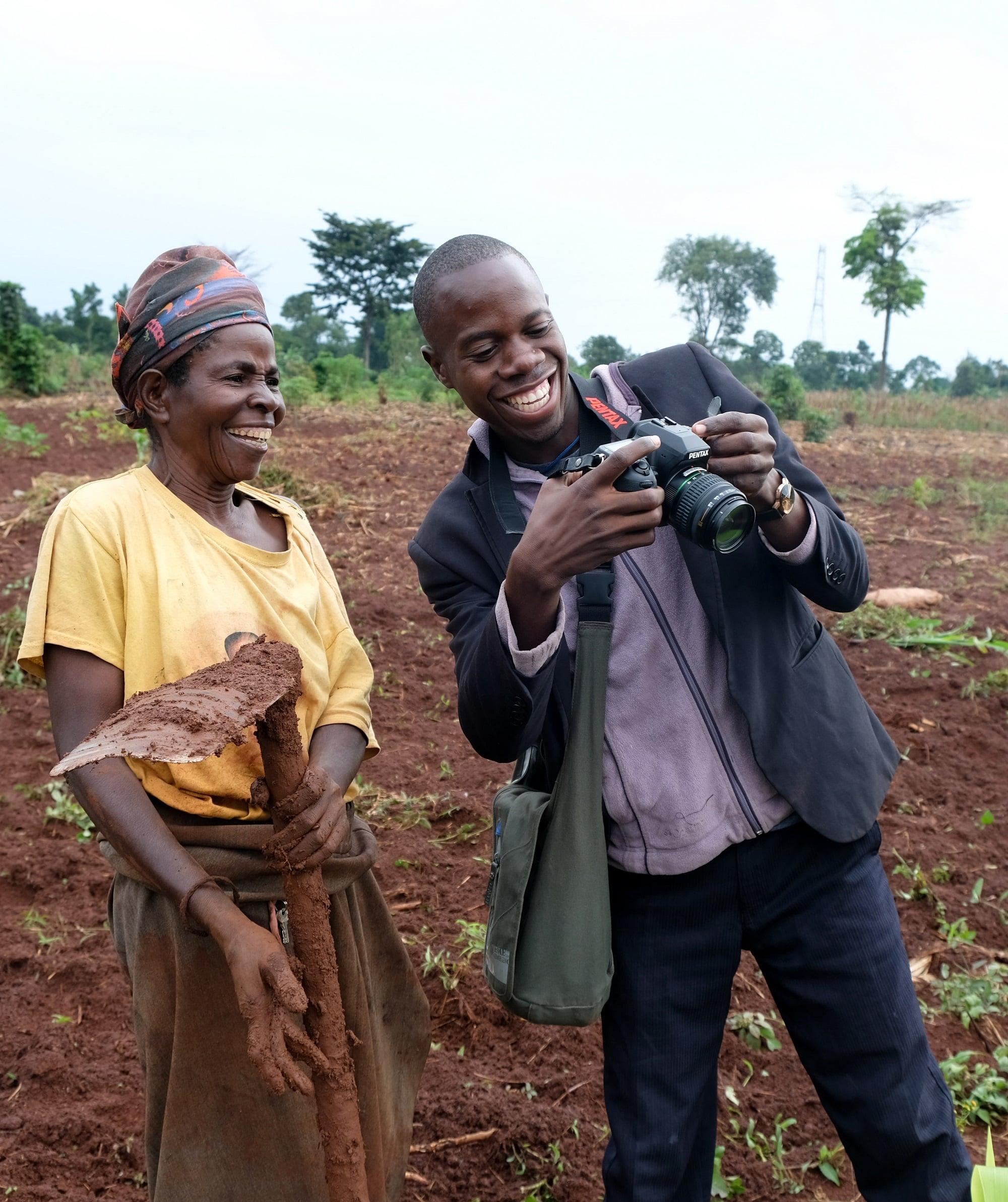 Uganda-Yusuf-showing-photo-low-res