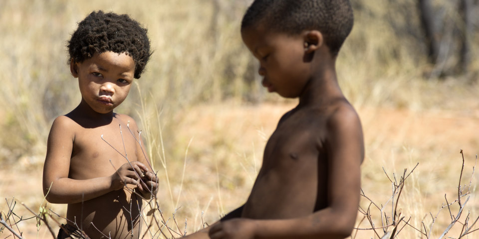 travelling-with-the-bushmen-of-the-kalahari