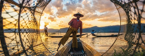 myanmar-inle-lake-fisherman