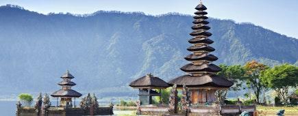 Pura Ulun Danu Bratan, Pura Beratan Temple, Bali, Indonesia. Shivaite and water temple.