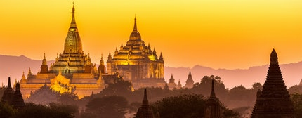 Golden Ananda pagoda at dusk, in the Bagan plain, Myanmar (Burma)