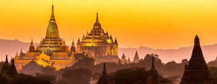Golden Ananda pagoda at dusk, in the Bagan plain, Myanmar (Burma)