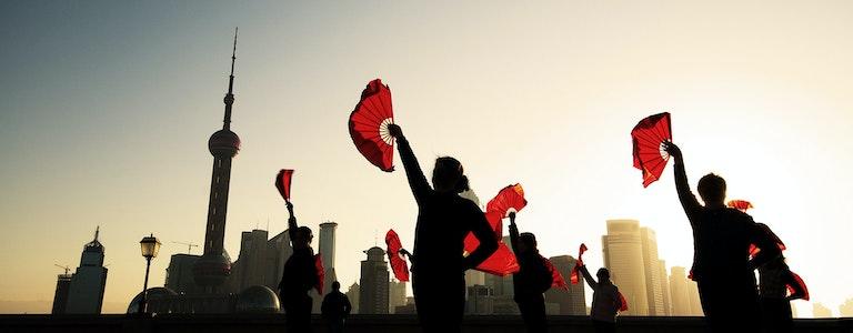 China, Shangahai, traditional Chinese fan dance