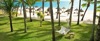 One&Only Le Saint Geran_Beach Area